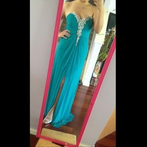 FORMAL/PROM DRESS sweetheart strapless